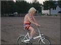 Bosse_med_Minibiken